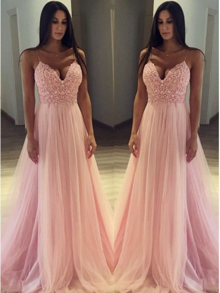 A-Line/Princess Sleeveless Applique Tulle Spaghetti Straps Sweep/Brush Train Dresses