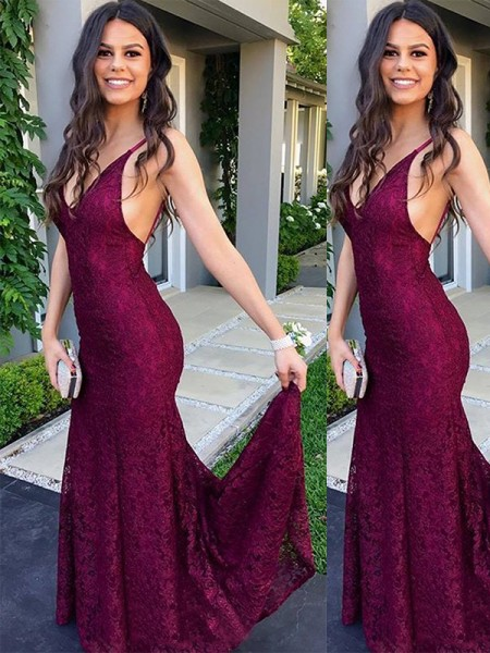 Trumpet/Mermaid Sleeveless Sweep/Brush Train V-neck Lace Dresses