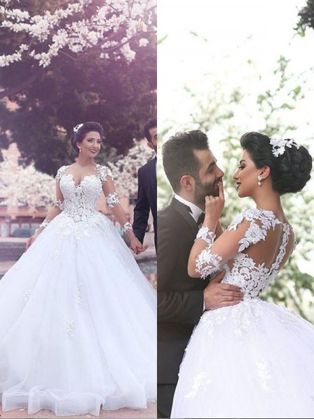 Ball Gown Long Sleeves Sweetheart Tulle Court Train Wedding Dresses